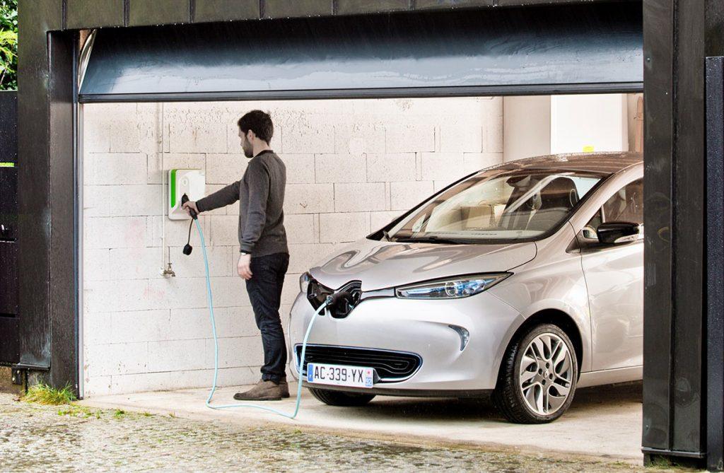 Instalar punto de recarga coche electrico en garaje comunitario